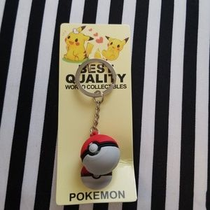 Other - Pokemon Pokeball Keychain